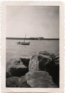 barque loin
